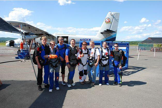 aawesome kids org skydiving via mike traub